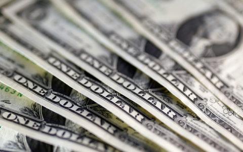 Dolar menguat karena data AS optimis; pound dan euro jatuh tergelincir