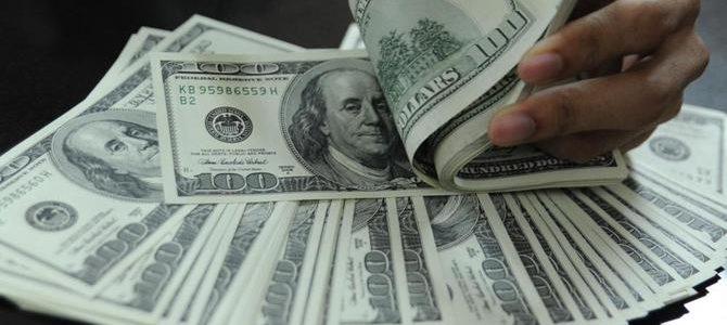 Dolar pelan-pelan mengalami kenaikan, Australia menemukan pijakan setelah jatuh.