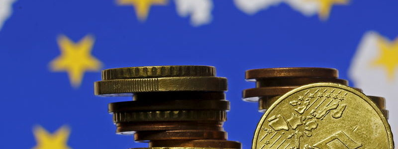 Brexit Ditunda, Euro & Pound Inggris Tetap 'Satu Hati'