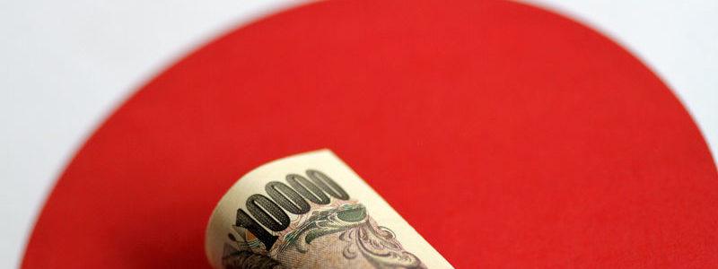 Yen menguat, Yuan jatuh akibat ancaman Trump