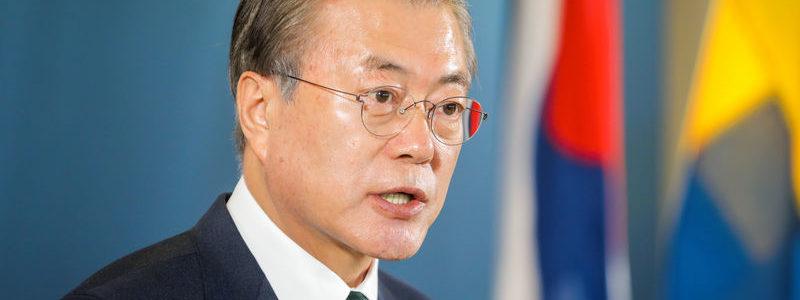 Presiden Korea Selatan menggantikan pembantu kebijakan ekonomi utama saat ekonomi mendingin