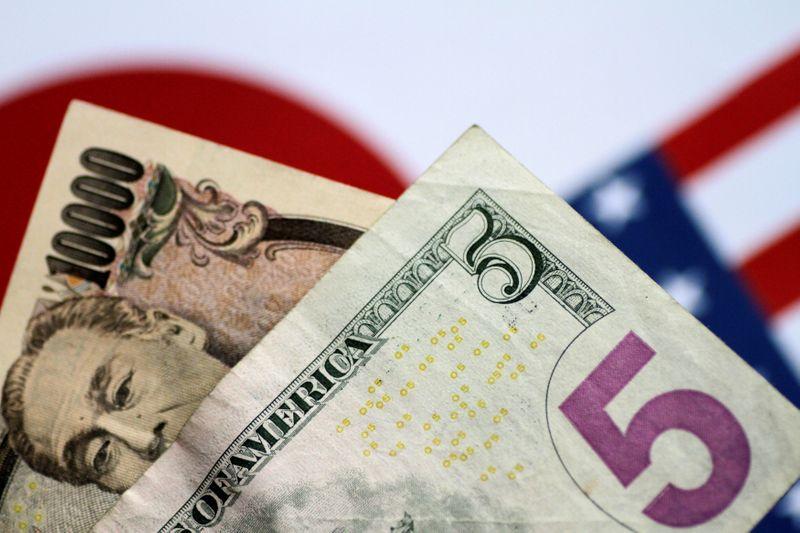 Dolar dan yen didukung karena ketakutan terhadap virus corona membebani suasana hati